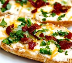 jalapeno popper bread - creamy cream cheese, cheddar & jack, baked with fresh jalapeno then topped with bacon. Yes, it tastes as yummy as it...