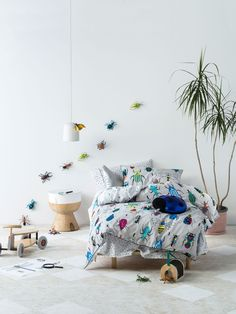 kids insect bedding set in white bedroom from linen house - Decorating Ideas