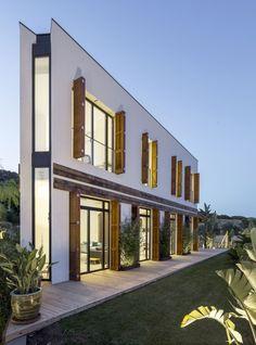 A House / 08023 Architecture + Design + Ideas - Badalona, Barcelona, España - Photo © Simón García