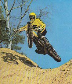 vanderbeer: Roger DeCoster (via MOTO CROSS 1970 -80. SOUVENIR) - repined by http://www.motorcyclehouse.com/ #MotorcycleHouse