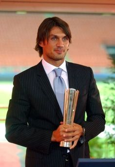 Paolo Maldini, Star Wars, Ac Milan, Handsome, Italy, Sport, Clothes, Soccer, Football Soccer