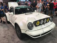 Porsche at SEMA show 2017#rwb #rauhwelt #rwbporsche #rauhweltporsche #sema #party #sema2017 #vegas #lasvegas #porsche #1048style #kamiwazajapan Rwb Porsche, Las Vegas, Rauh Welt, The Past, Japan, Vehicles, Party, Last Vegas, Car