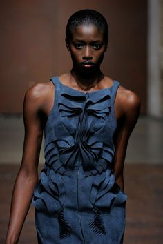 The Chinese fashion designer Yiqing Yin's collection at the Haute Couture Paris Fashion Week 2012. Dress in blue #Alcantara.