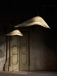 Suspensions en fibre de verre Moby Dick - Design Matteo Ugolini pour Karman #lighting #lamp #suspension