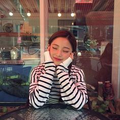 Designer Clothes, Shoes & Bags for Women Bora Lim, Uzzlang Girl, Korean Aesthetic, Poses For Photos, Star Girl, Korea Fashion, Tumblr Girls, Best Face Products, These Girls