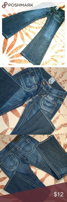 """Dark bootcut jeans Freestyle Revolution """"Sinatra Wash"""" Narrow bootcut. So cute! Retro front pockets detailing and international fading. Excellent condition. Freestyle Revolution  Jeans Boot Cut"""