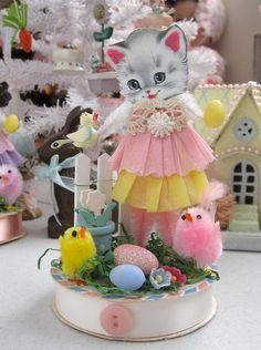 Spring Time Kitty - make my own eastor decor idea, love those old chicks