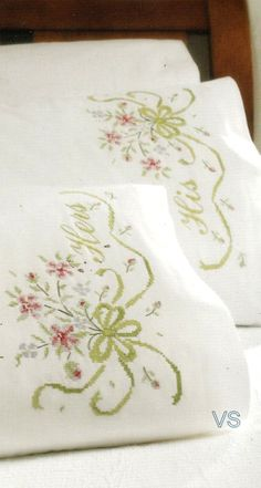 """Stamped Cross Stitch kit 20"""" x 30"""" BRIDAL BOUQUET Pillowcases"""