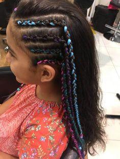 Colourful cornrows for holiday Cornrow Hairstyles White, Sporty Hairstyles, Pretty Hairstyles, Girl Hairstyles, Braids For Medium Length Hair, Braids For Long Hair, Medium Hair Styles, Natural Hair Styles, Long Hair Styles
