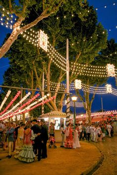 (Flamenco) Dress Envy in Sevilla: La Feria de Abril • The Overseas Escape