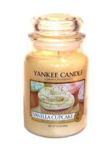 Amazon.com - Yankee Candle Vanilla Cupcake Large Jar 22oz Candle