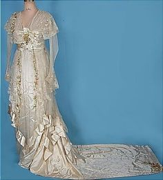 edwardian wedding dress. Love the Square Train.