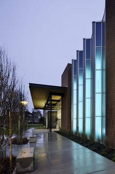 Gallery of Wenatchee Valley College Music and Arts Center / Integrus Architecture - 18