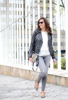 Look by @wenlv1 with #mango #leather #casual #zara #falda #jeans #denim #biker #pants #frio #chic #white #grey #jackets #croptops #lola #leatherjackets #mezclilla #tshirts #gray #look #looks #graypants #whitetshirts #darkgraypants.