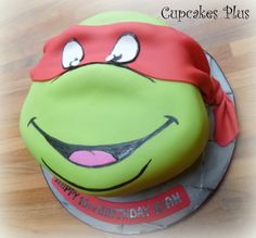 teenage mutant ninja turtle cake!! Turtle Birthday Parties, Ninja Turtle Birthday, Ninja Turtle Party, Birthday Fun, Birthday Ideas, Ninja Party, Birthday Cakes, Cupcakes, Cupcake Cakes