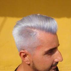 "23 Me gusta, 3 comentarios - Jean's Elisa Peluqueros (@jeans_elisa_peluqueros) en Instagram: ""White color #whitehair #lakme #hair concept #freeamoniac#blanco#moser#wahl #barbershop#fade"""