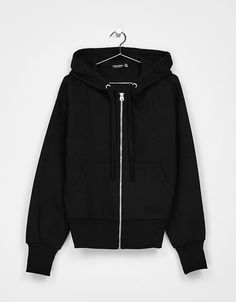 Chaqueta felpa con capucha. Descubre ésta y muchas otras prendas en Bershka  con nuevos productos 07e9ad10e04c