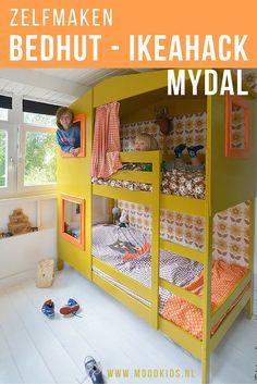 Stijlvolle IKEA hack Mydal bed voor een stoere jongenskamer, meisjeskamer of kleine kamer. Maak zelf van een ikea stapelbed een bedhut voor kinderen met deze uitleg