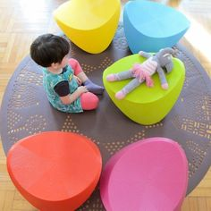 Hut Hut Resin Rocking Chair (hanging out with Josephine @Blair Beal Kids) #nursery #toddler