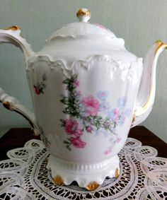 GORGEOUS! RARE Vintage HAVILAND LIMOGES French Porcelain COFFEE/TEAPOT. Beautiful Pink Roses with Blue Flowers. Gold Leaf Handle and trim. Measures approximately 8 1/2 inches tall. HAVILAND LIMOGES F