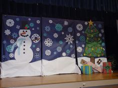 Christmas Program Backdrop-cover the black things from Aladdin with paper?