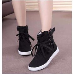 HEVXM 2017 New Spring And Autumn Boots Women New Women Shoes Ankle Boot Brand Flats Canvas Shoes Lace-Up Fashion Casual Boots Women Shoes Sneakers casual Sneakers Mode, Shoes Sneakers, Shoes Heels, Sneakers Style, Sneakers Design, Sneakers Adidas, White Sneakers, Flat Shoes, High Heels