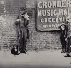 Blind Fiddler, Greenwich London, c 1887  Charles Spurgeon's Londoners series