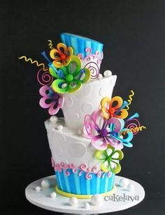 - In love with Celebration Cakes - Kuchen Gorgeous Cakes, Pretty Cakes, Cute Cakes, Amazing Cakes, Birthday Cake With Flowers, Birthday Cake Pictures, Cake Birthday, Flower Birthday, 16th Birthday