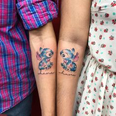Just 12 Really Cute Lilo & Stitch Tattoos Bff Tattoos, Friend Tattoos, Sexy Tattoos, Cute Tattoos, Matching Disney Tattoos, Disney Couple Tattoos, Disney Sister Tattoos, Cute Sister Tattoos, Disney Stitch Tattoo