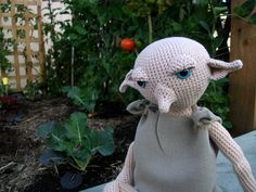 Crochet house elf ... gorgeous!!!! This is a crochet pattern for Dobby or Kreacher.  #Harry Potter  #Dobby #crochet dobby