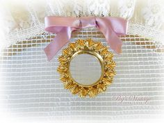 Vintage Round Wreath Gold Tone Scarf by PegsVintageJewellery