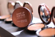 Make Up For Ever Pro Bronze Fusion Bronzer: Color Without the Cake Face