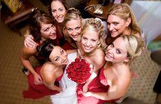 love this bridesmaid picture