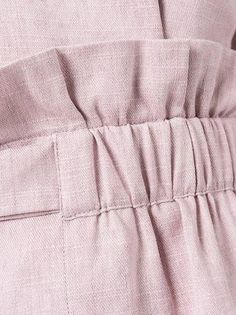 Sewing hack idea in 2020 Linen Pants Outfit, Costura Fashion, Pants For Women, Clothes For Women, Fashion Sewing, Sewing Techniques, Fashion Details, Sewing Hacks, Hijab Fashion