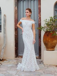 Wedding Dress Celine by Wilderly Bride - Search our photo gallery for pictures of wedding dresses by Wilderly Bride. Find the perfect dress with recent Wilderly Bride photos. Bridal And Formal, Bridal Wedding Dresses, Designer Wedding Dresses, Wedding Bride, Bridesmaid Dresses, Lace Wedding, Mermaid Wedding, Wedding Bells, Bride Groom
