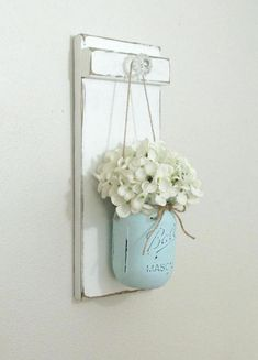 Classy Hanging Mason Jar Sconce Decorations Ideas , Classy Hanging Mason Jar Sconces Decorations Ideas , home furniture Source by woyhome Mason Jar Sconce, Mason Jar Lighting, Hanging Mason Jars, Mason Jar Shelf, Mason Jar Planter, Mason Jar Kitchen, Rustic Mason Jars, Mason Jar Projects, Mason Jar Crafts