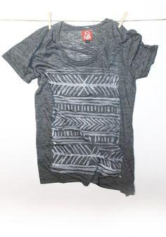 DIY tribal print with bleach t shirt