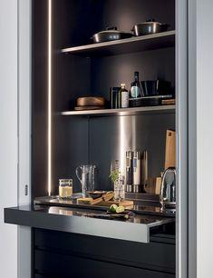 TM ITALIA. PRÊT À PROJET - BRUNOTARSIA Kitchen Room Design, Modern Kitchen Design, Interior Design Kitchen, Kitchen Decor, Interior Decorating, Modern Home Bar Designs, Bar Sala, Mini Bar, Home Bar Cabinet