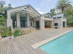 6 Bedroom House for sale in Bishopscourt - Cape Town