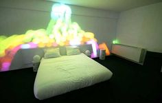 Beautiful Lighting Effect for Modern Bedroom: Minimalist Bedroom Design Ideas with Colorful Lights