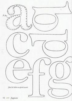 Molde de Letras 1 - Feltro | Flickr: Intercambio de fotos Alphabet Templates, Applique Templates, Applique Patterns, Applique Designs, Craft Patterns, Embroidery Applique, Embroidery Designs, Kind Und Kegel, Felt Letters