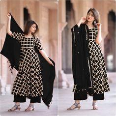 * Type -Stitched * Top Fabric:- Rayon Cotton * Top Color:- Black *Top * Bottom Fabric:- Rayon Cotton * Bottom Size:-Free Size (Elastic Waist) * Bottom Color:- Black * Dupatta Fabric:- Banarasi * Duptta Length:- 2 M *Dupatta Work Suit Fashion, All Fashion, Black Kurti, Black And White Pants, Kurti Styles, Fashion Terms, Cotton Suit, Anarkali Dress, Sonam Kapoor