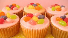 Afbeeldingsresultaat voor jelly bean cupcake