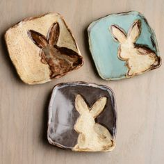 Square Bunny Plate, Easter Collection by Etta B Pottery click now for info. Hand Built Pottery, Slab Pottery, Ceramic Pottery, Ceramic Art, Pottery Barn, Glazes For Pottery, Ceramics Projects, Clay Projects, Clay Crafts