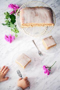 Szarlotka krucho-drożdżowa - przepis Marty Apple Cake, Camembert Cheese, Apple Tarts, Food, Recipes, Apple Pies, Essen, Meals, Eten
