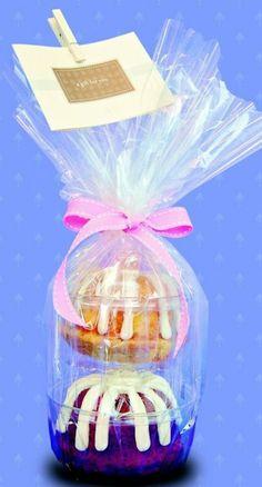 Bundlet tower gifts