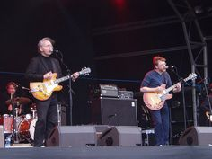 Teenage Fanclub live at Meadowbank Stadium in Edinburgh, 28/8/05, supporting Pixies.     http://thejobsfor13yearolds.com/summer-jobs-for-13-year-olds/  http://thejobsfor13yearolds.com/babysitting-jobs-for-13-year-olds/