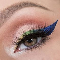 @vladamua using the velvety matte base shades in our Photo Matte Eyes Palette to make this cool blue wing pop. #regram