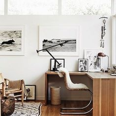 A little office inspo from the @myscandinavianhome blog for a rainy Monday morning. This is so my kind of office look, only 6 weeks to wait until I can get decorating mine! Check my story for it's current state . #office #homeoffice #interior #workspace #home