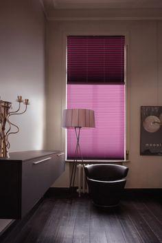 Copahome raamdecoratie plisségordijn met honingraat in roze / La décoration de fenêtre. Stores plissés avec structure de gaufre en rose